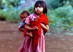 Ecuador, Amazzonia - Bambini indigeni - 1991